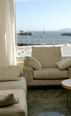 Discover the services  City House Marsol Candás Hotel